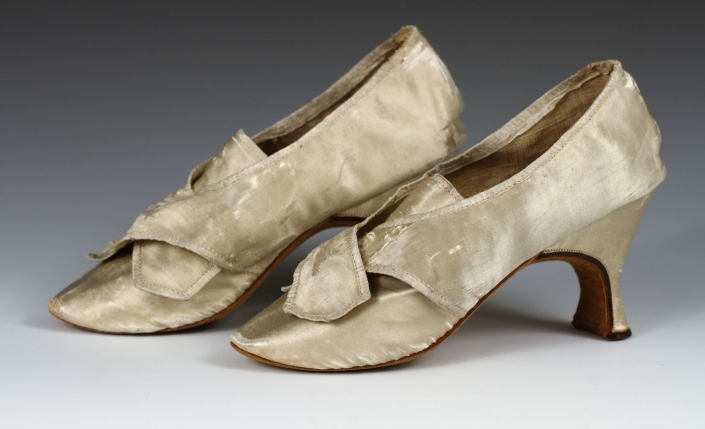 white silk shoes albany institute of history and